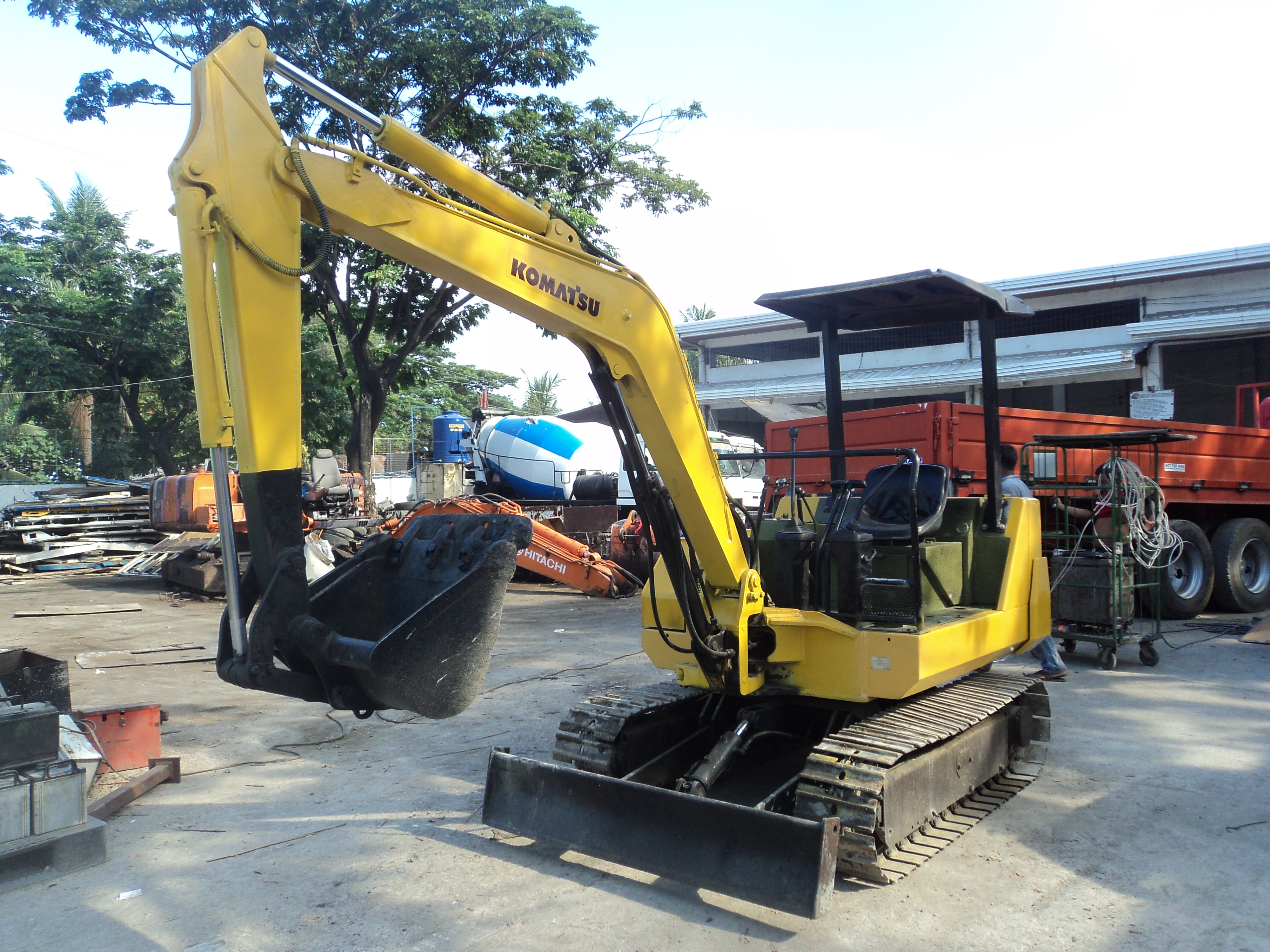 Komatsu Excavator – Masu Auto Surplus corporation